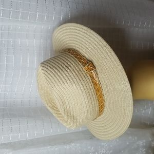 Columbia Sportswear Unisex L/XL Straw Hat